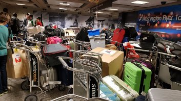 All team luggages mess !
